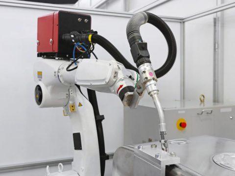 welding-robotic-mechanical-arm